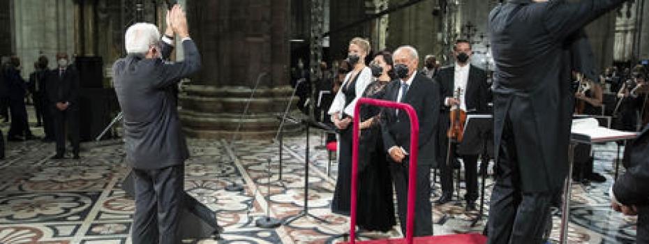 """""""Oltre le beghe"""", solo così si riparte. L'appello in Duomo"""